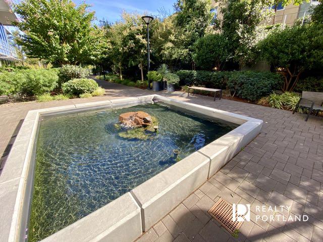 Meriwether Condos Fountain