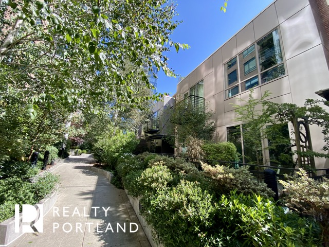 Park Place Townhomes in Portland