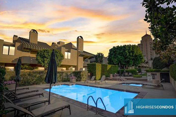 Century Hill - Log Angeles Real Estate