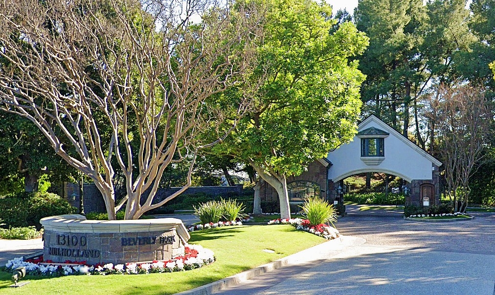 Gated communities in beverly hills