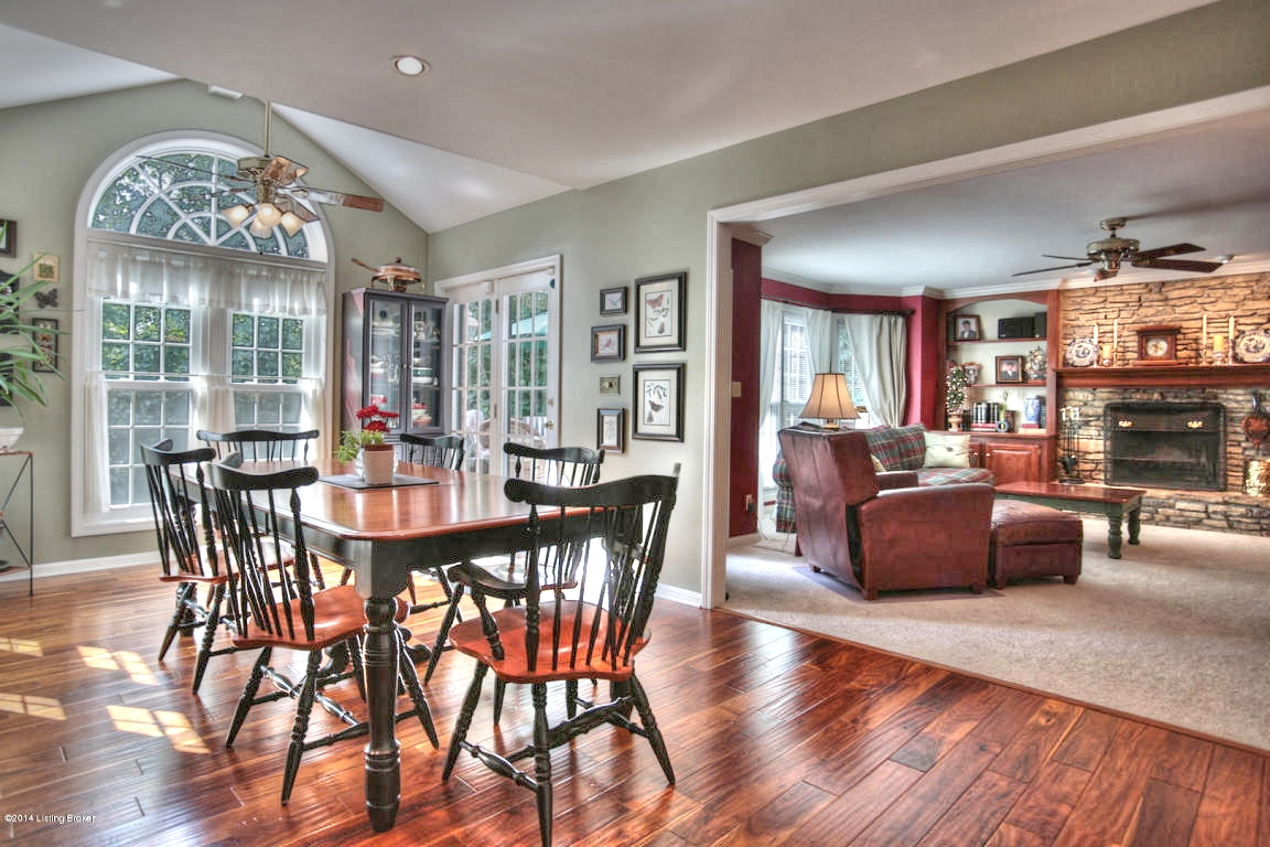 7206 Trail Ridge Ct Louisville, KY 40241 Breakfast Area