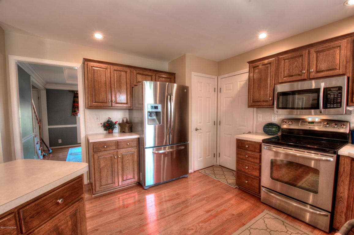8308 Running Spring Dr Louisville, KY 40241 Kitchen