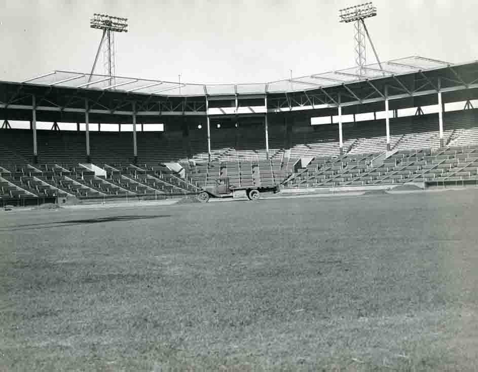 Gilmore Field Photo