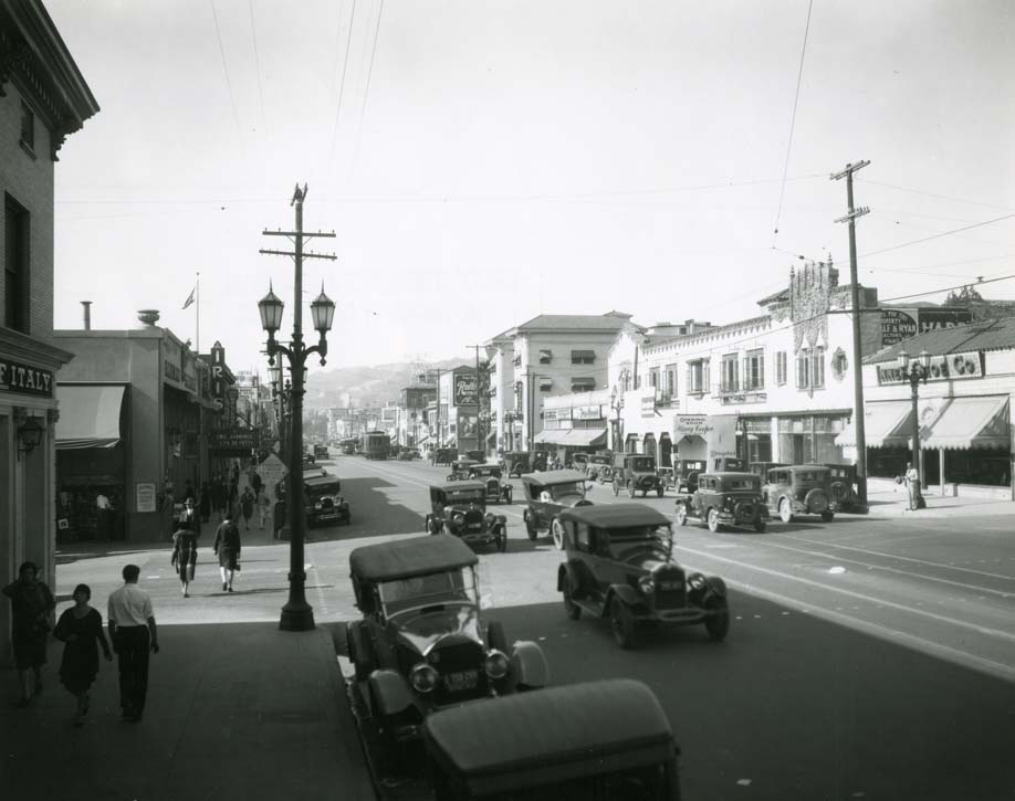1936 early photograph of Hollywood Blvd.