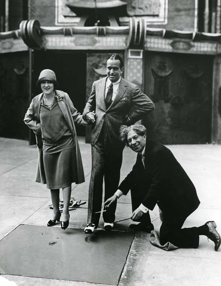 Photo of Douglas Fairbanks & Mary Pickford