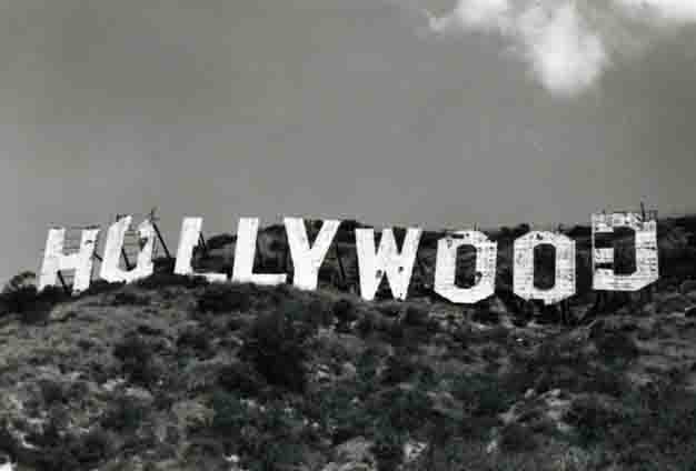 Hollywood sign photo