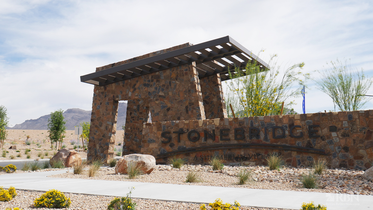 Places to Live in Summerlin - Stonebridge