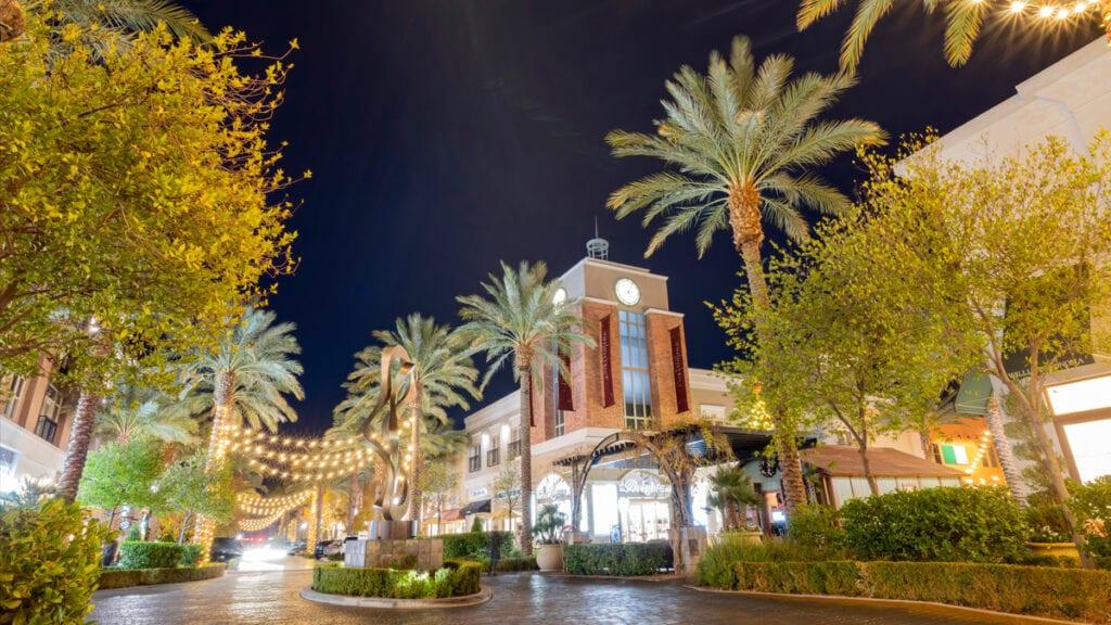 Suburbs in Las Vegas - Green Valley