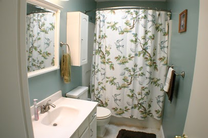 700 Lydgate Cove bathrooms