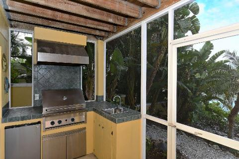 Outdoor Kitchen on Casey Key