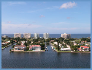 Country Club Shores Neighborhood Longboat Key