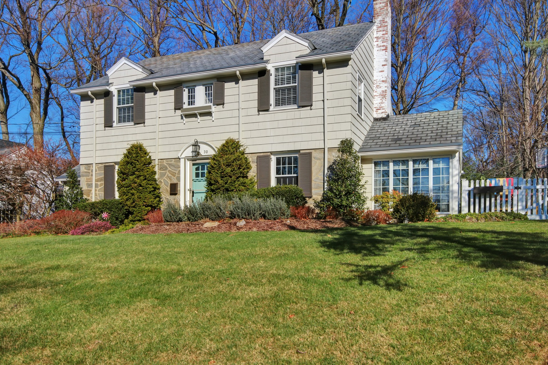 30 Colonial Way, Short Hills, NJ