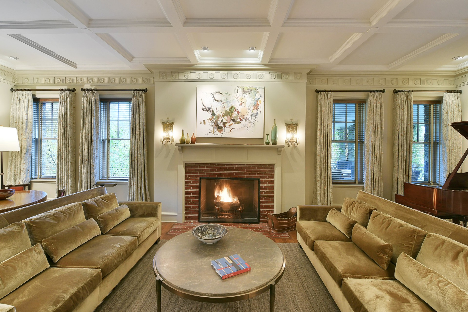 40 Beekman Terrace Living Room