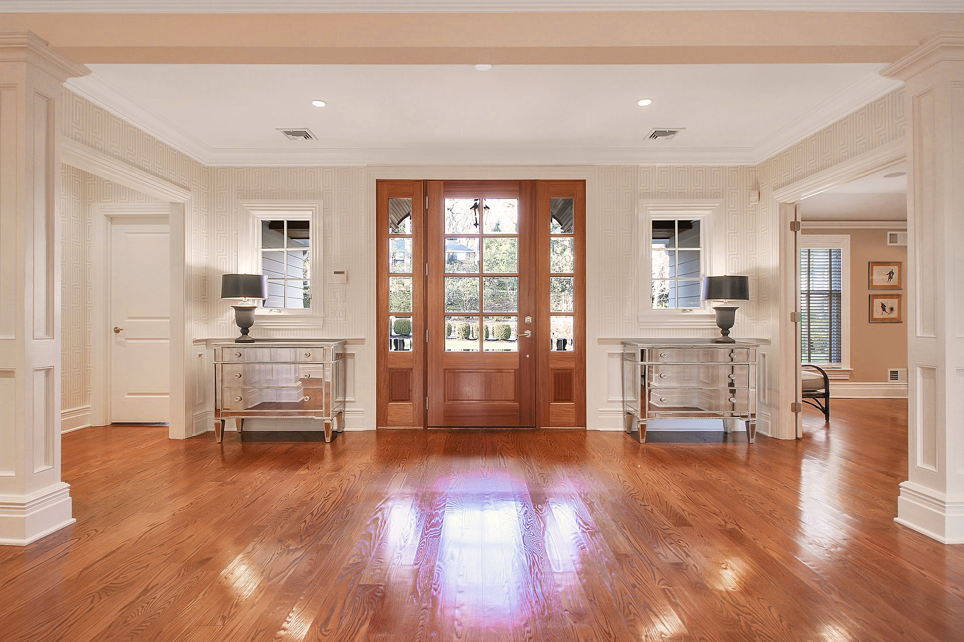 100 Stewart Road - Foyer
