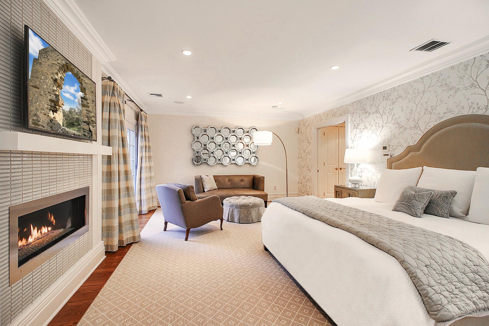 100 Stewart Road - Master Bedroom