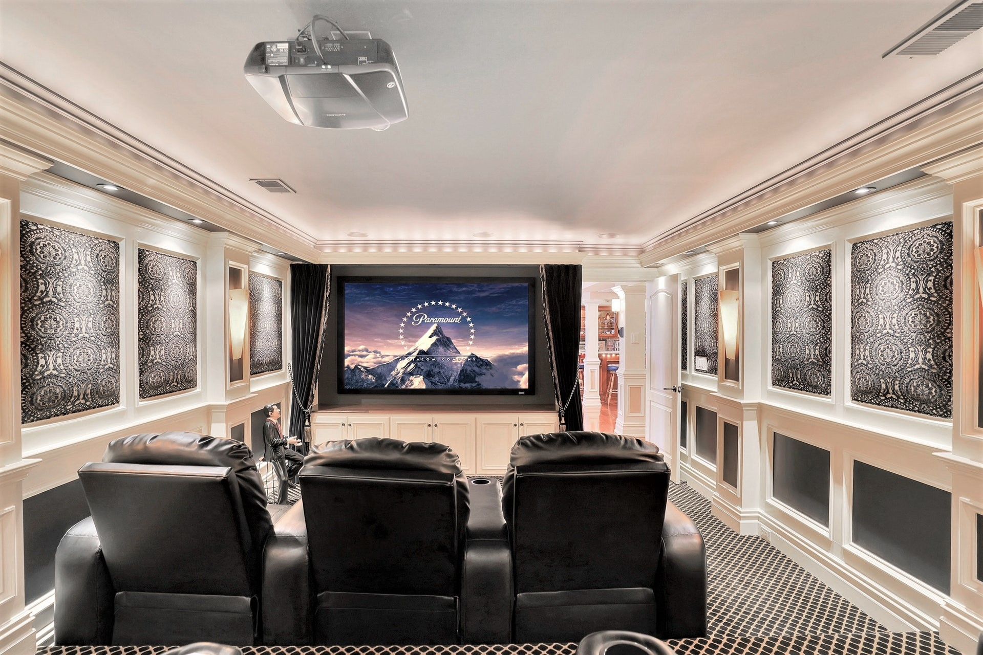 11 Notch Hill Drive - Home Theater