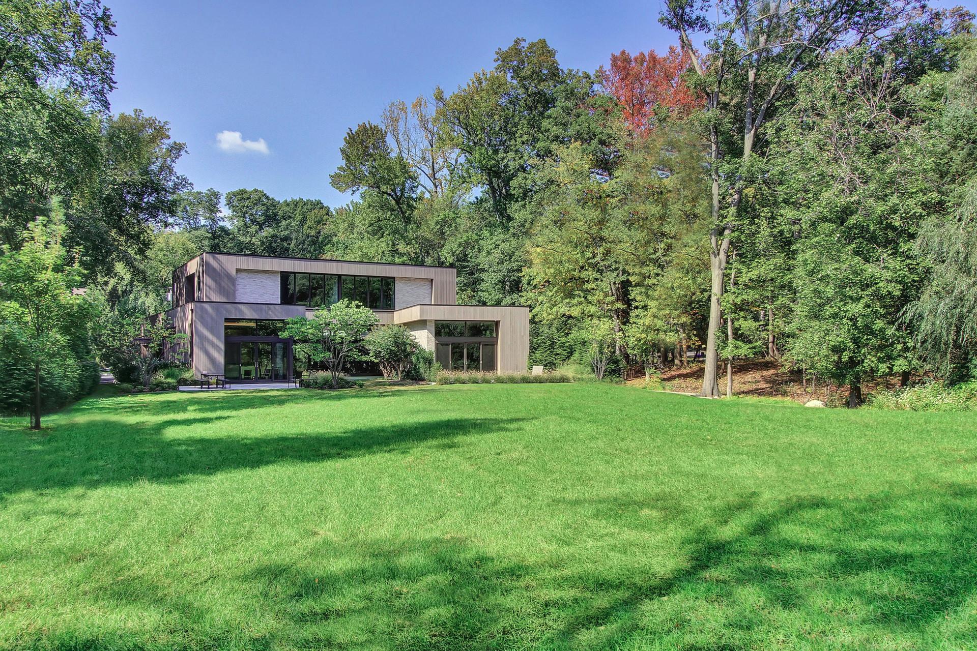 12 Ferndale Road Short Hills NJ Rear Property