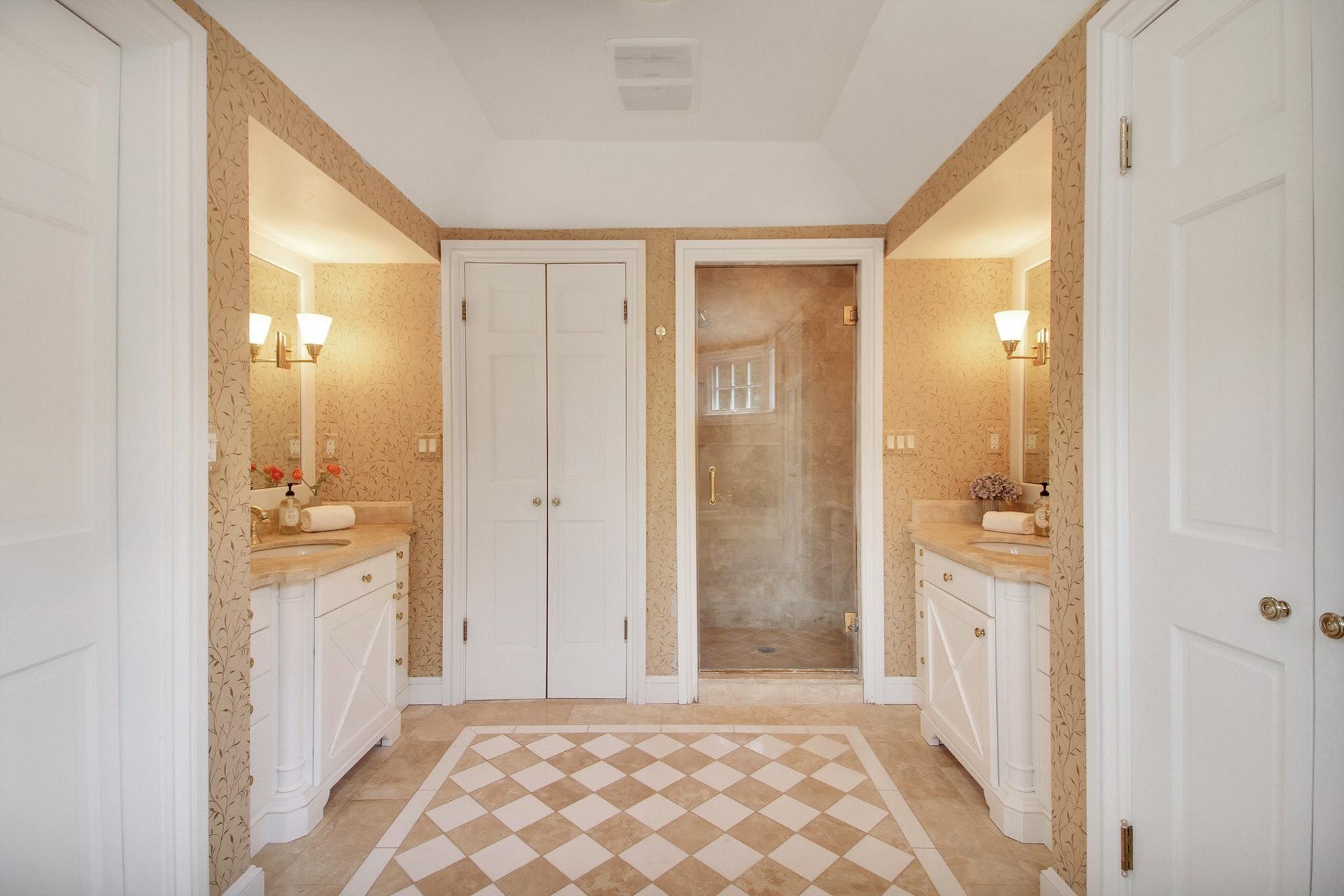 135 Stewart Drive Master Bath