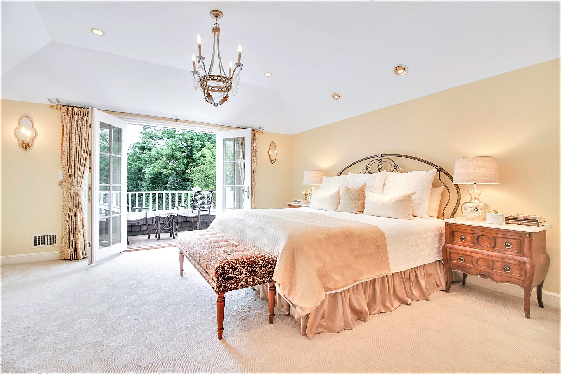 135 Stewart Drive Master Bedroom