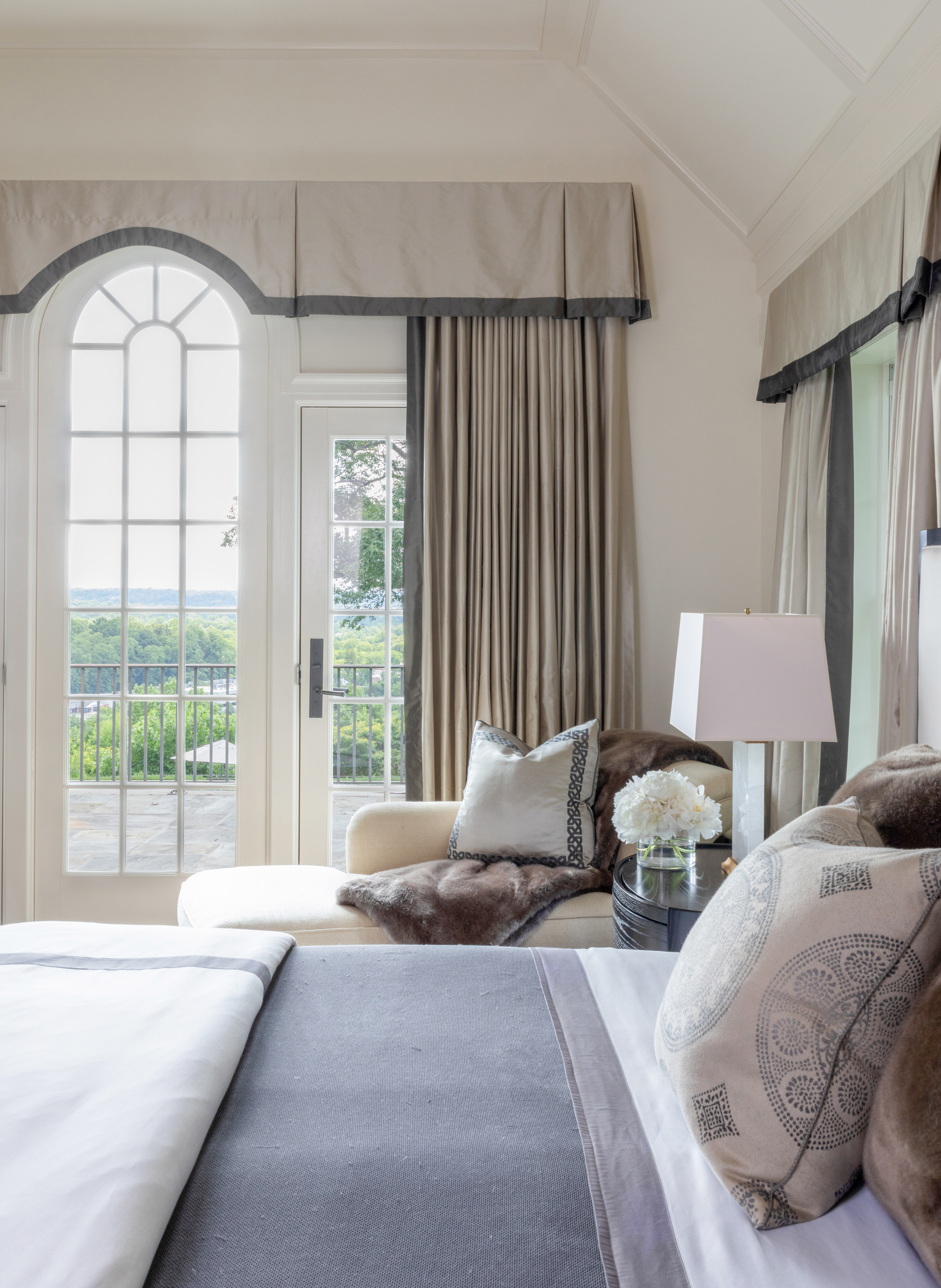 14 Friar Tuck Circle Master Bedroom
