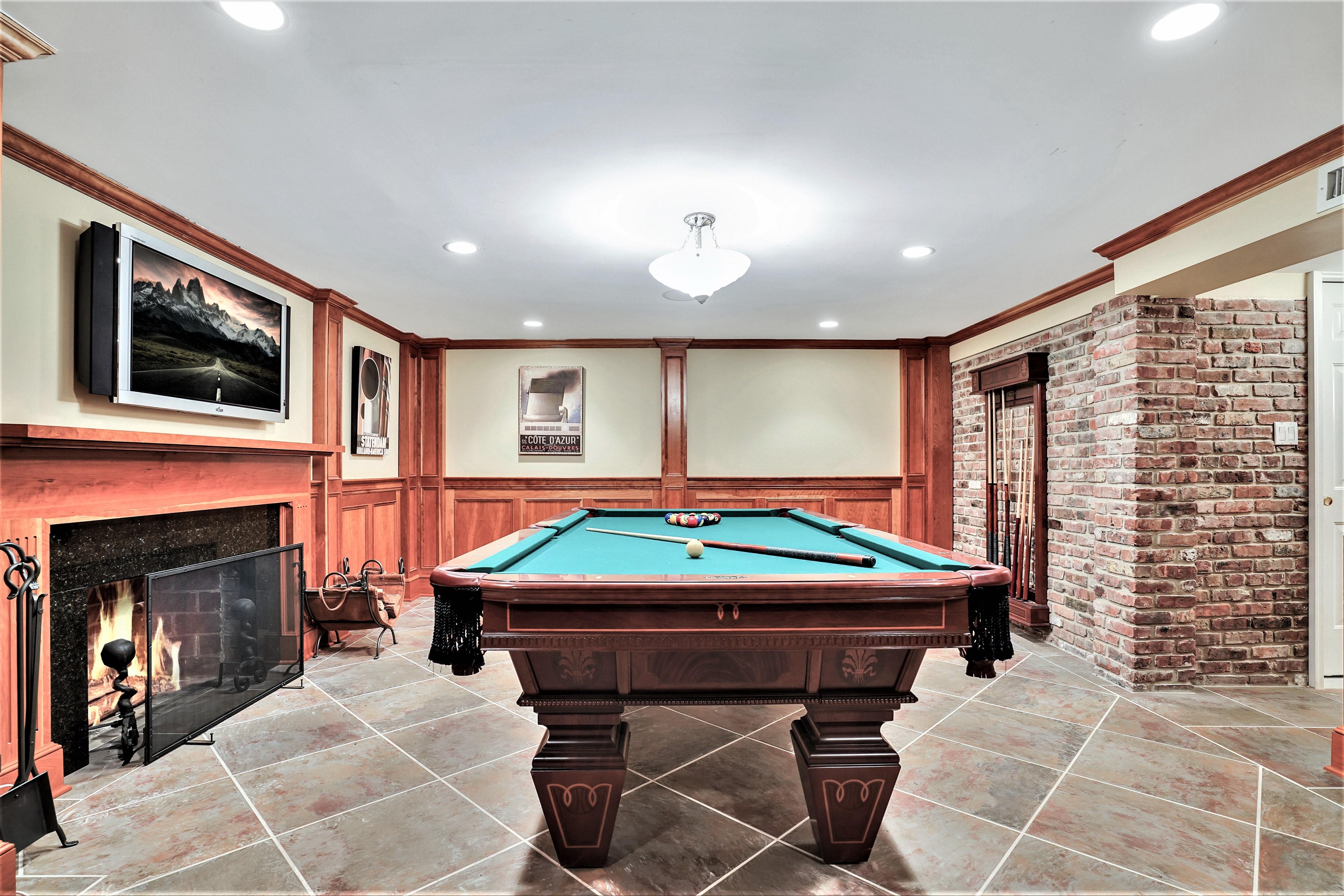 195 Highland Avenue - Recreation Room