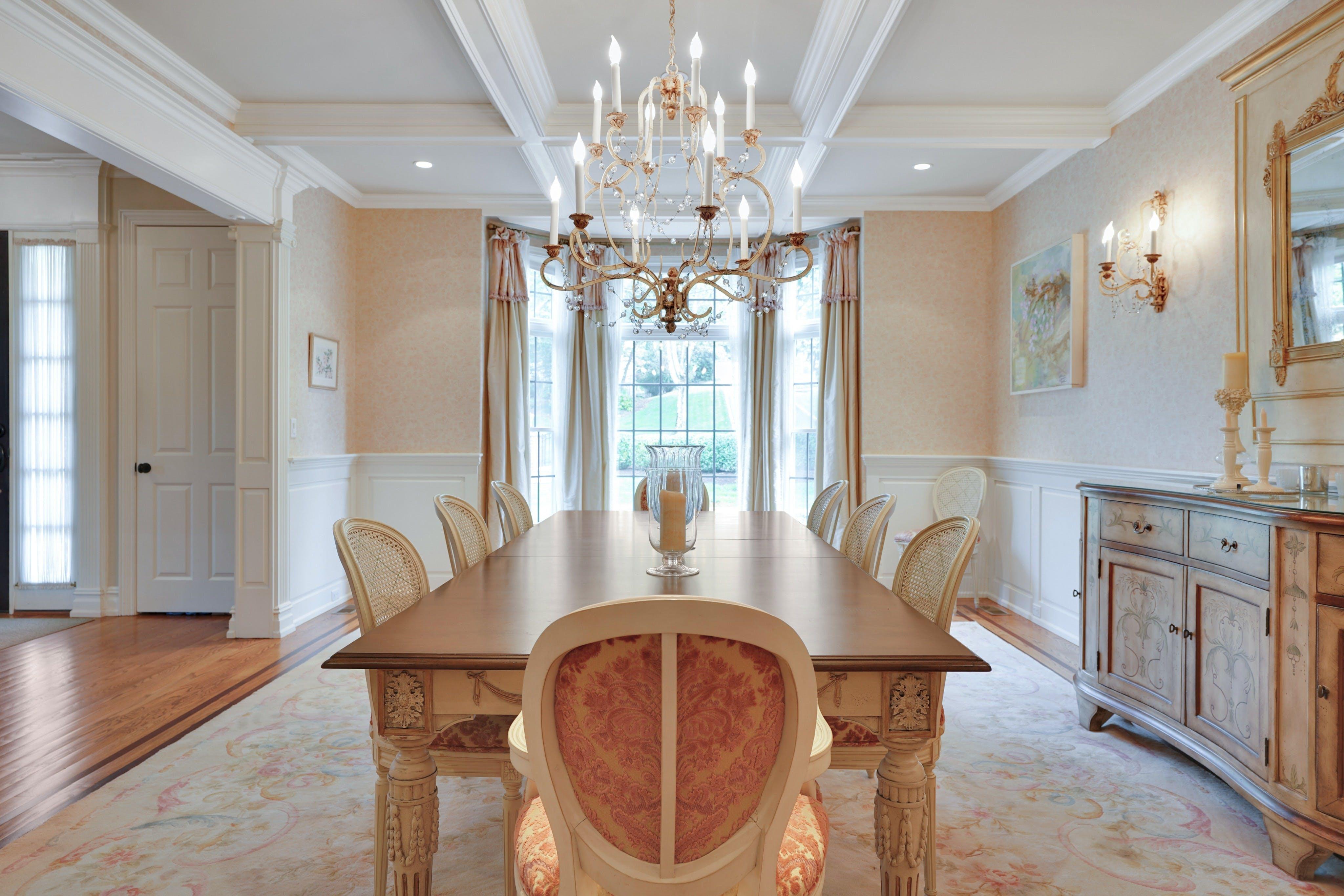 21 Saratoga Dining Room