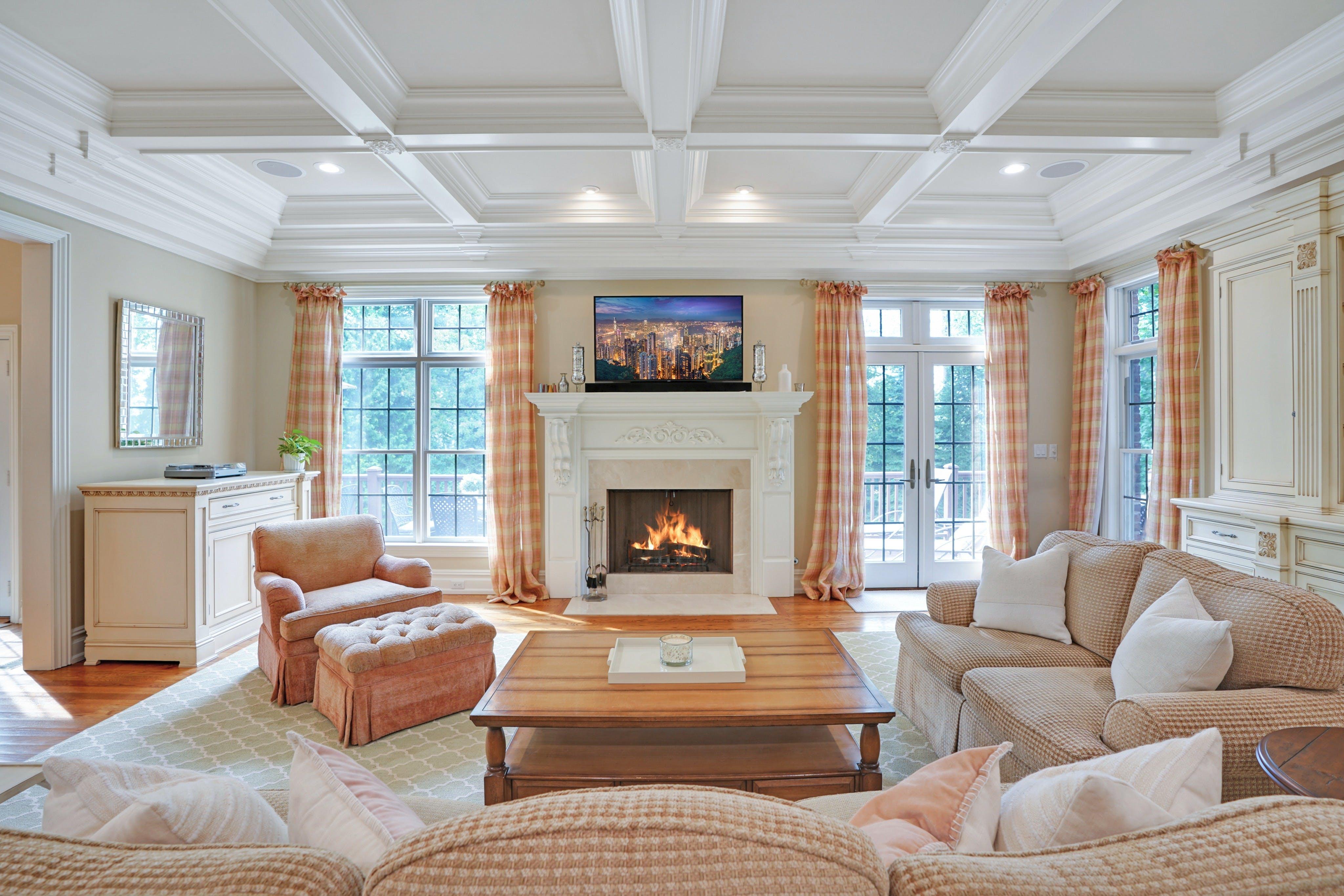 21 Saratoga Way Family Room