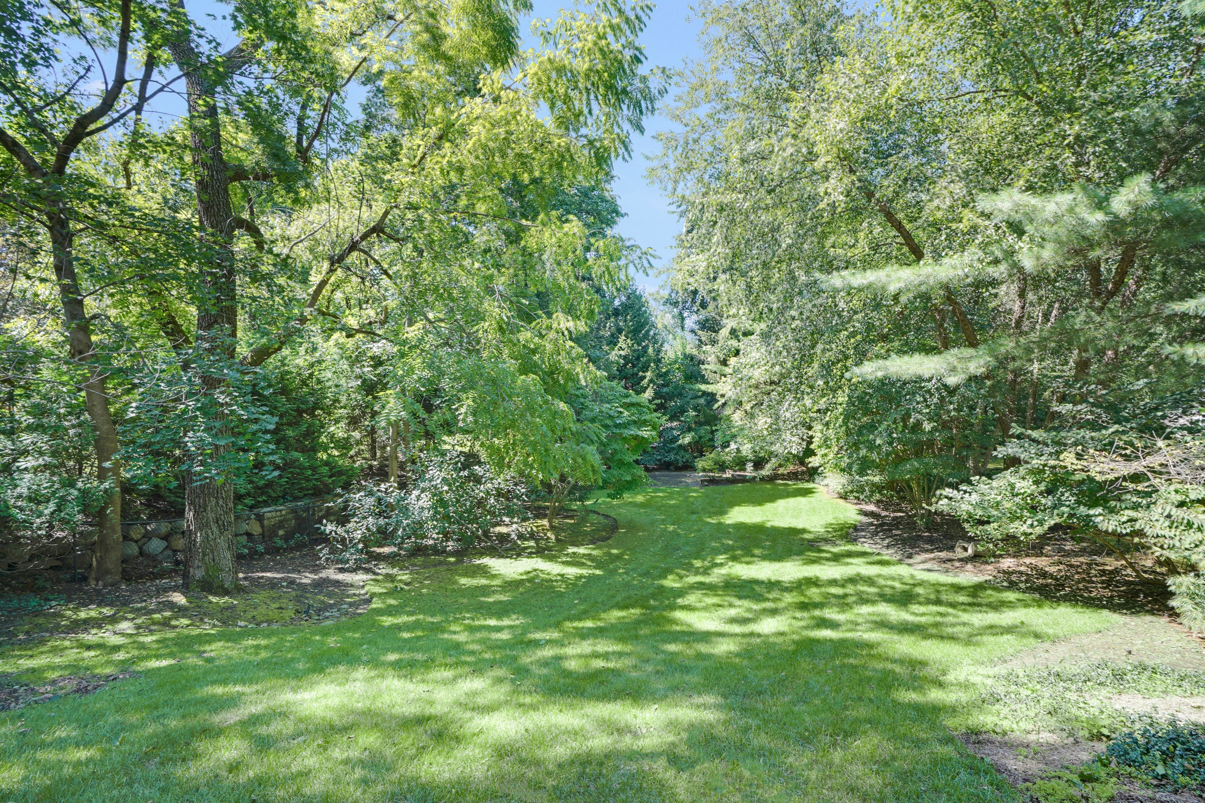 25 Knollwood Road - Rear Property