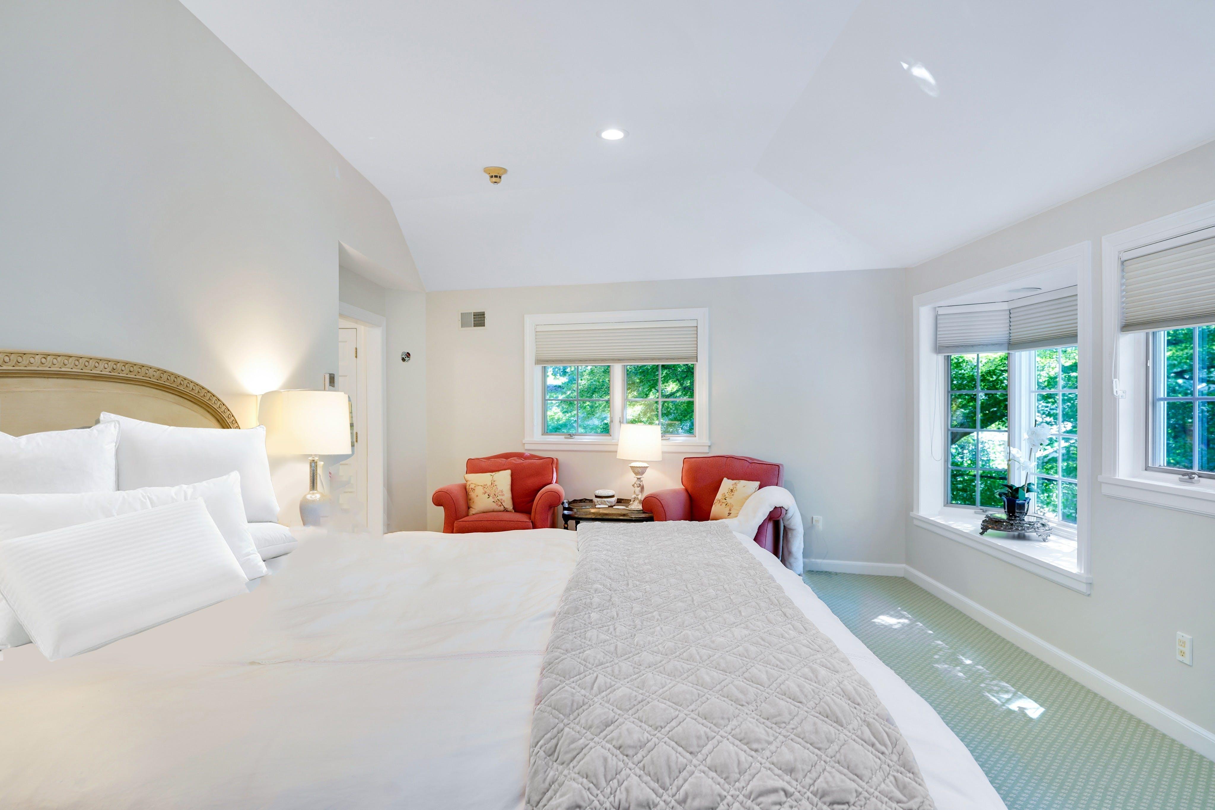 25 Knollwood Road - Primary Bedroom