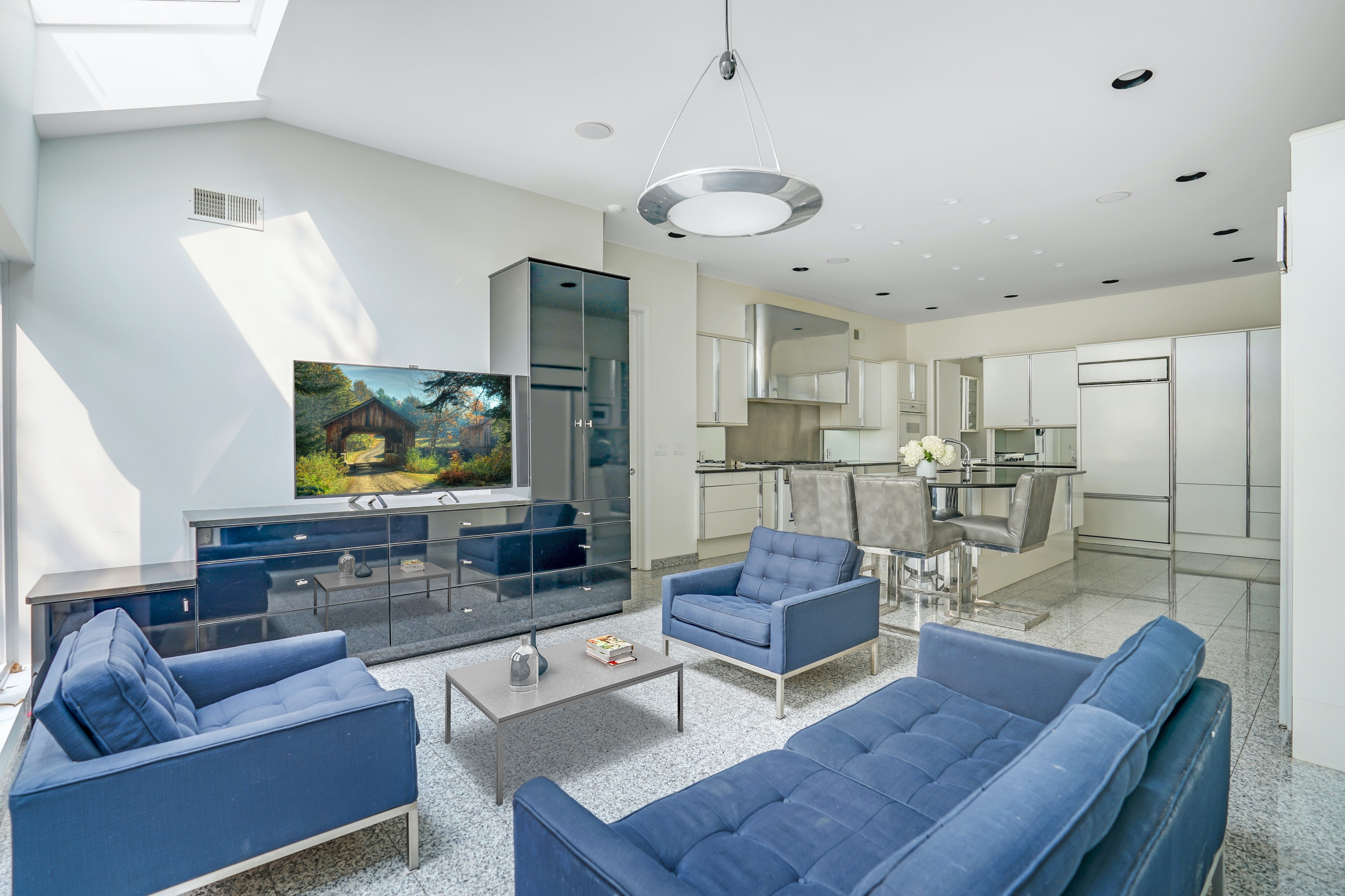 261 Hartshorn Drive Kitchen/Family Room