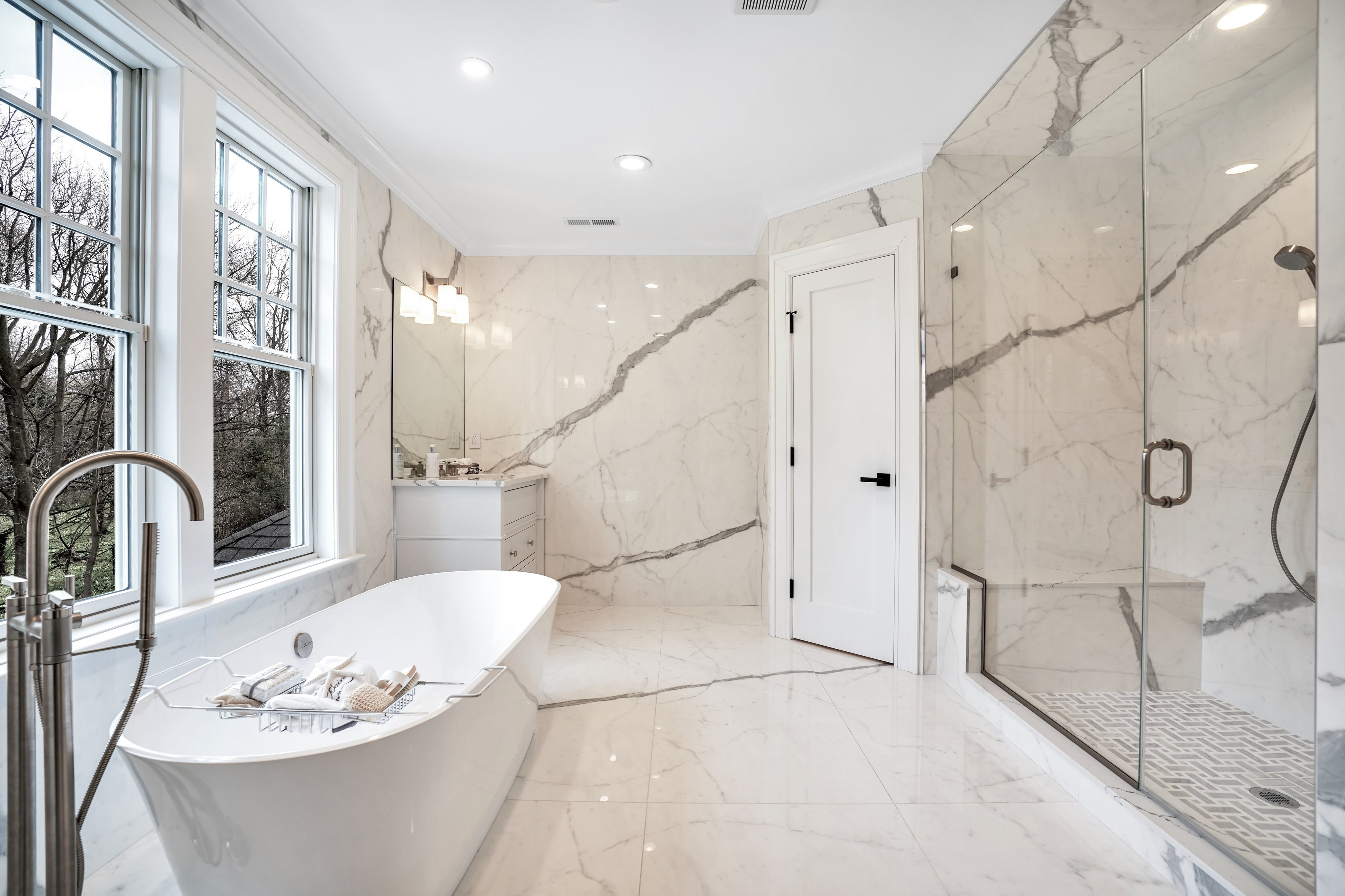 281 Hartshorn Drive - Master Bath