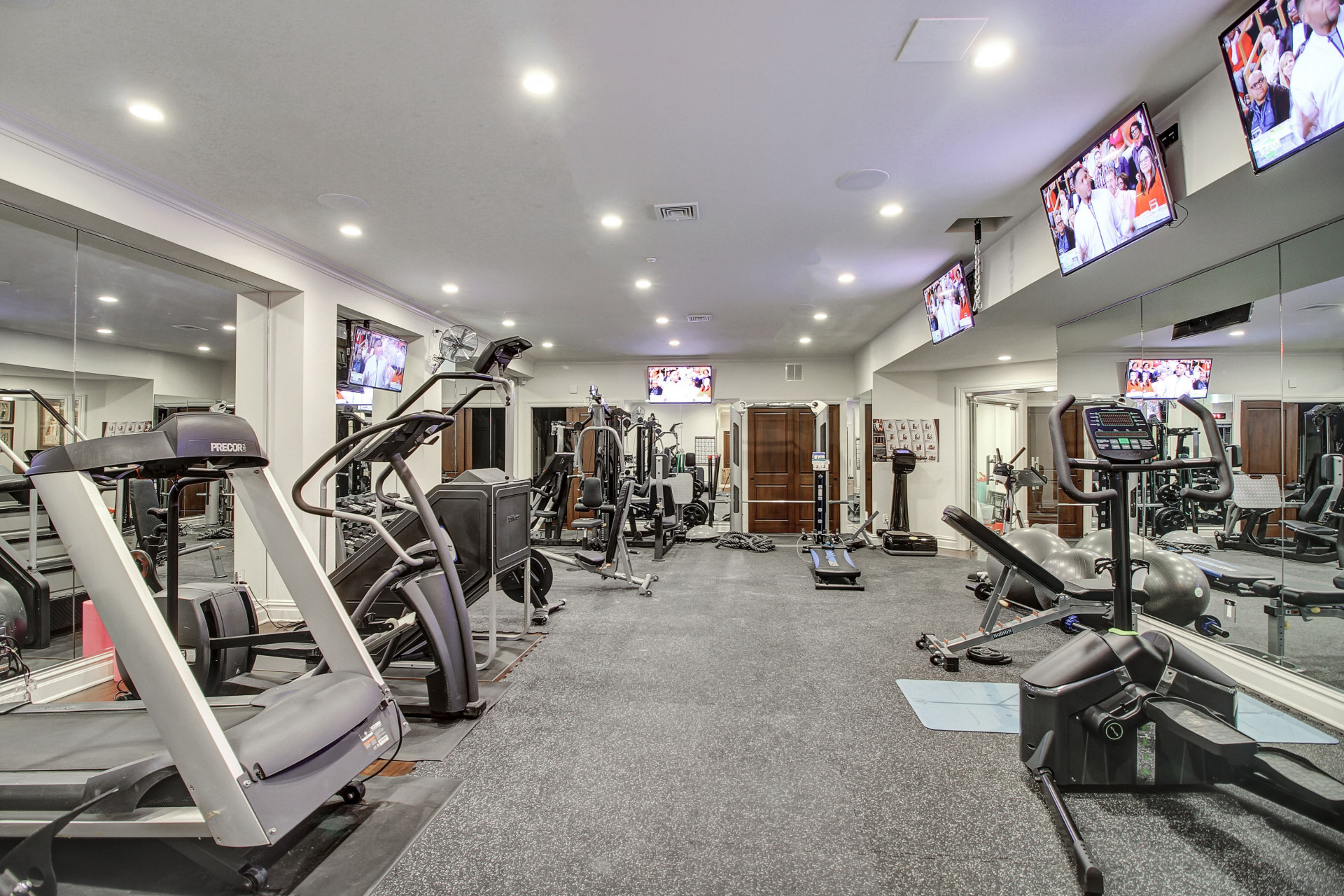29 Chestnut Street Exercise Room