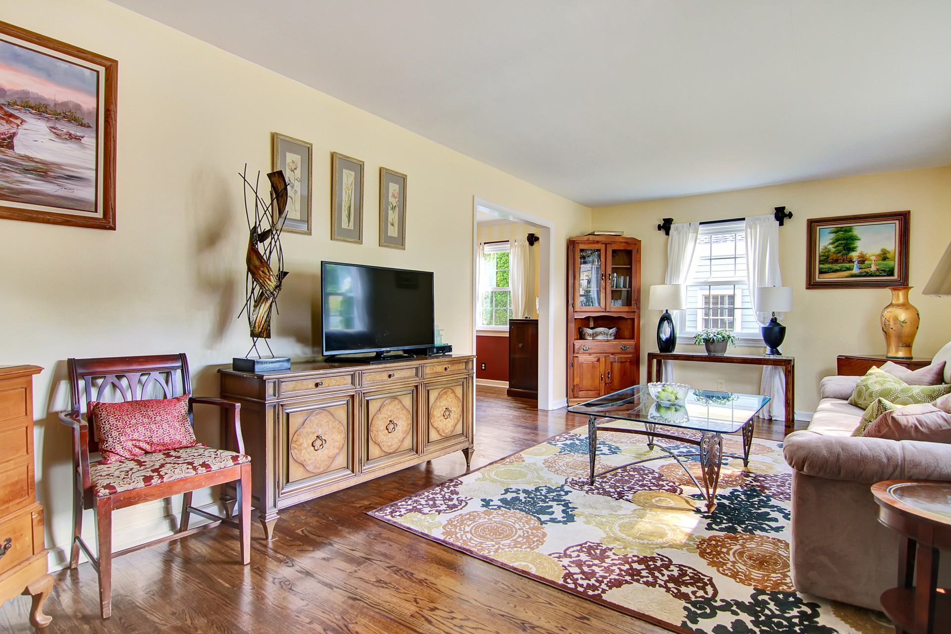 30 Greenfield Avenue Living Room