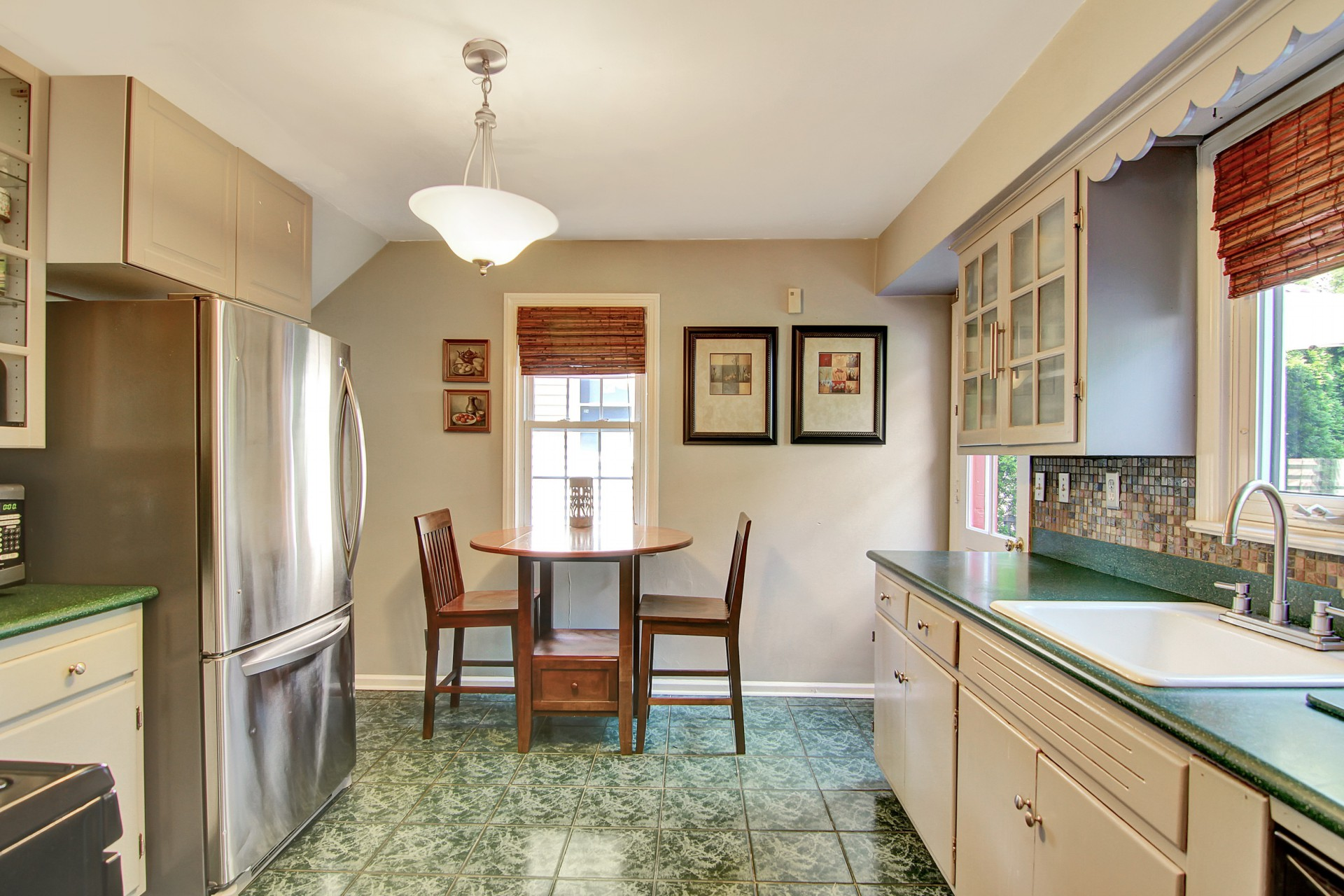 30 Greenfield Avenue Kitchen