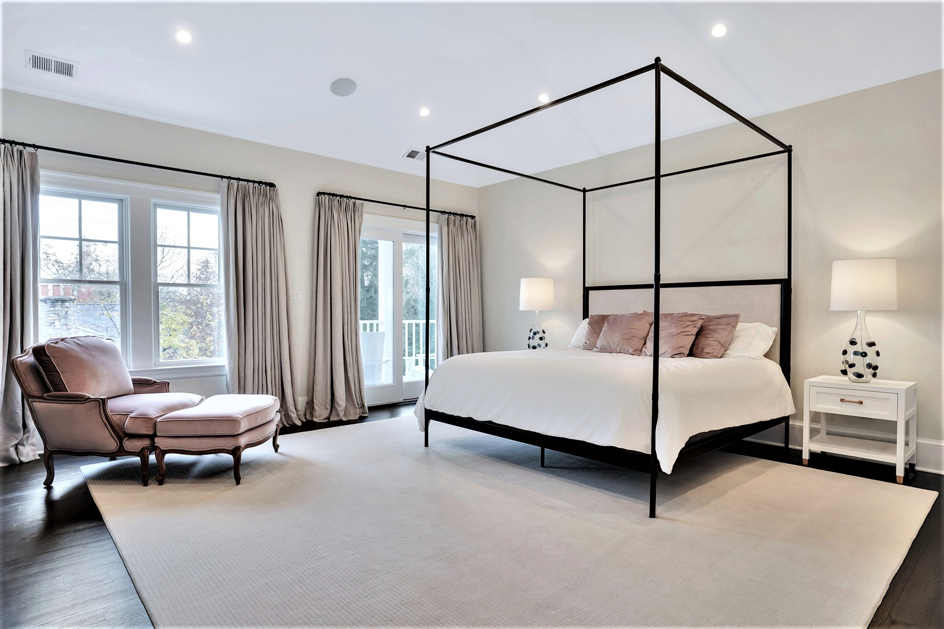 30 Jefferson Avenue Master Suite