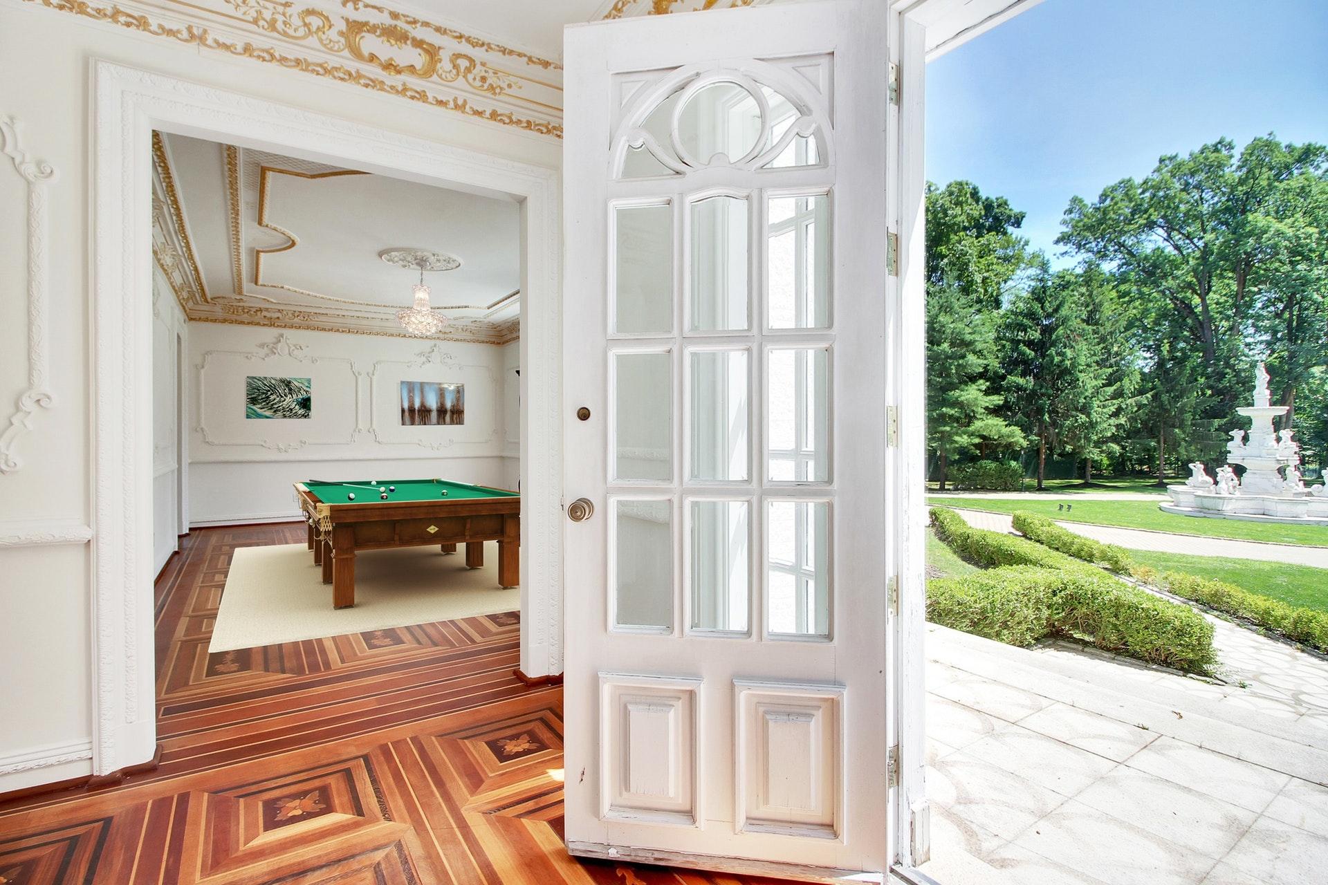 325 South Orange Avenue - Billiard Room
