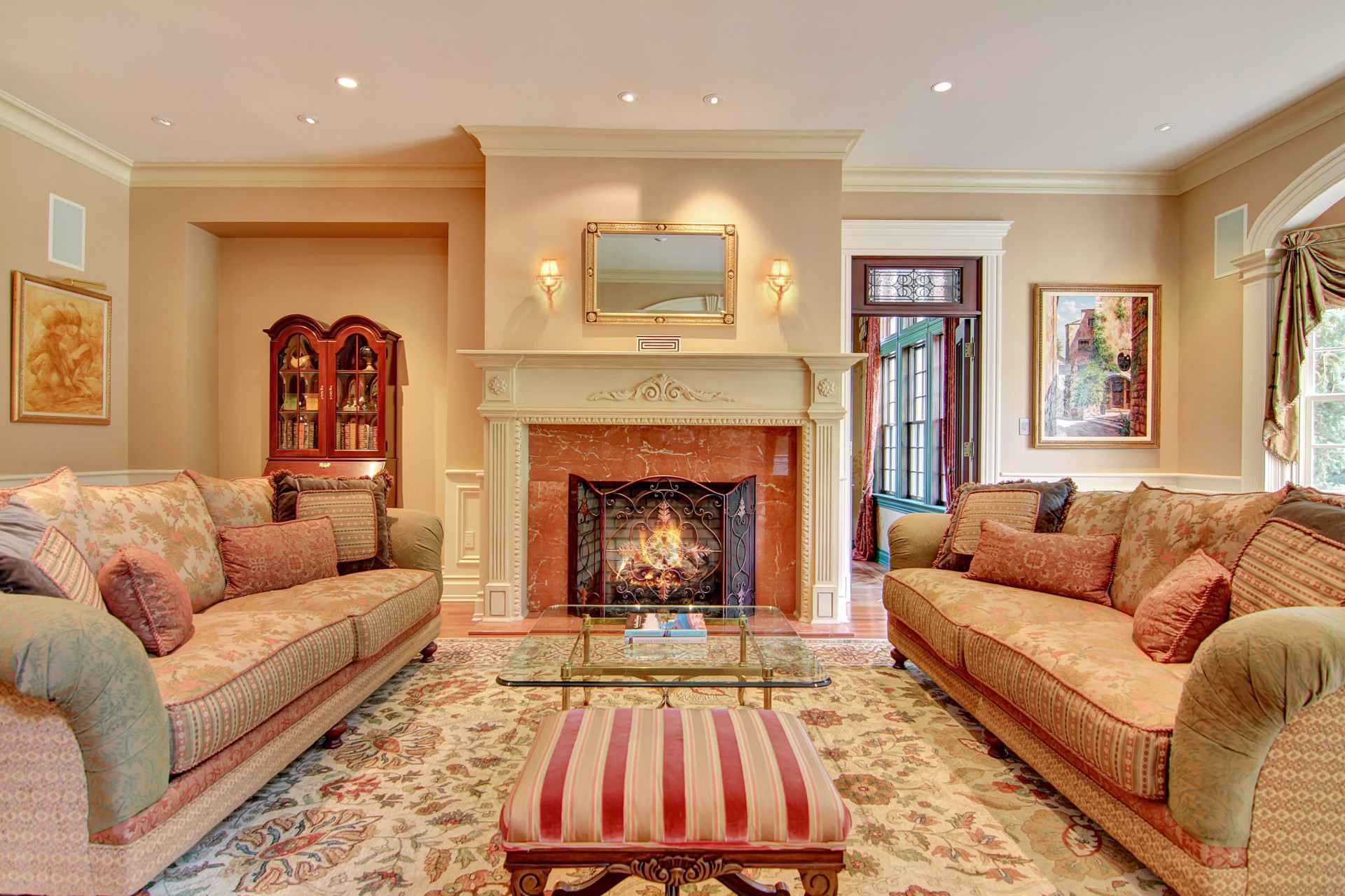 35 Tall Pine Lane Living Room