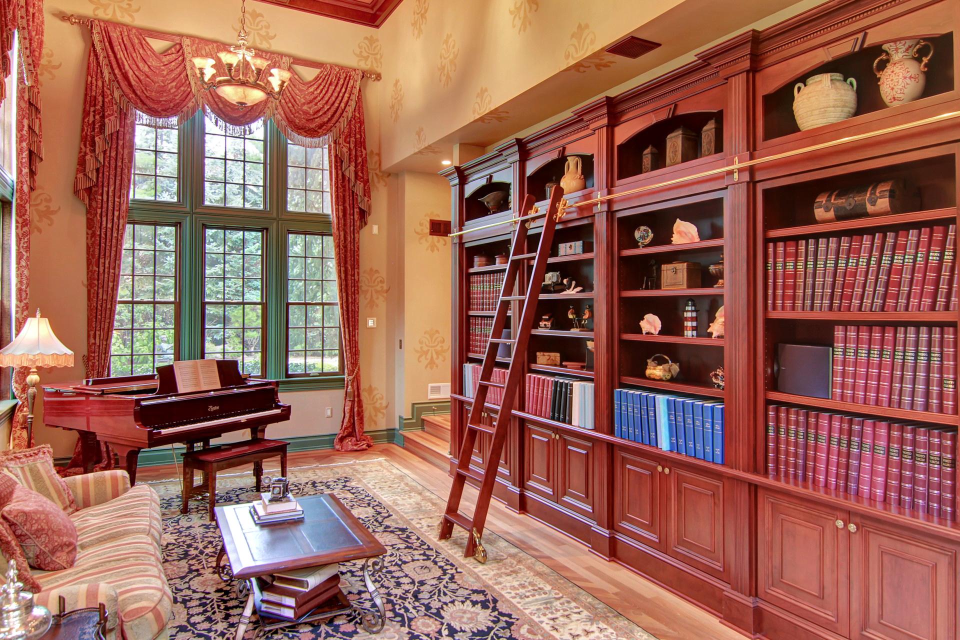 35 Tall Pine Lane Library