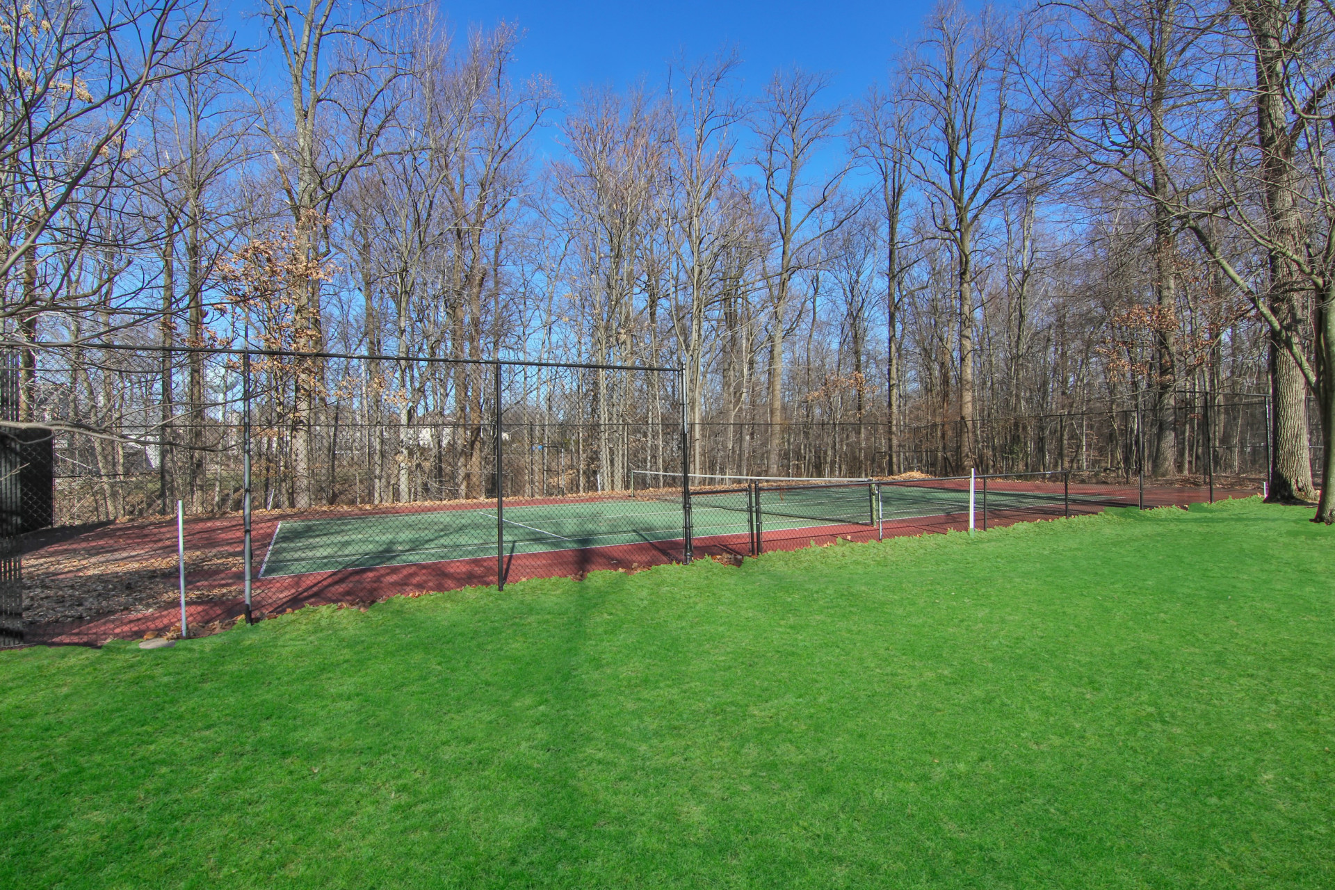 389 East Mount Pleasant Livingston NJ Tennis Court