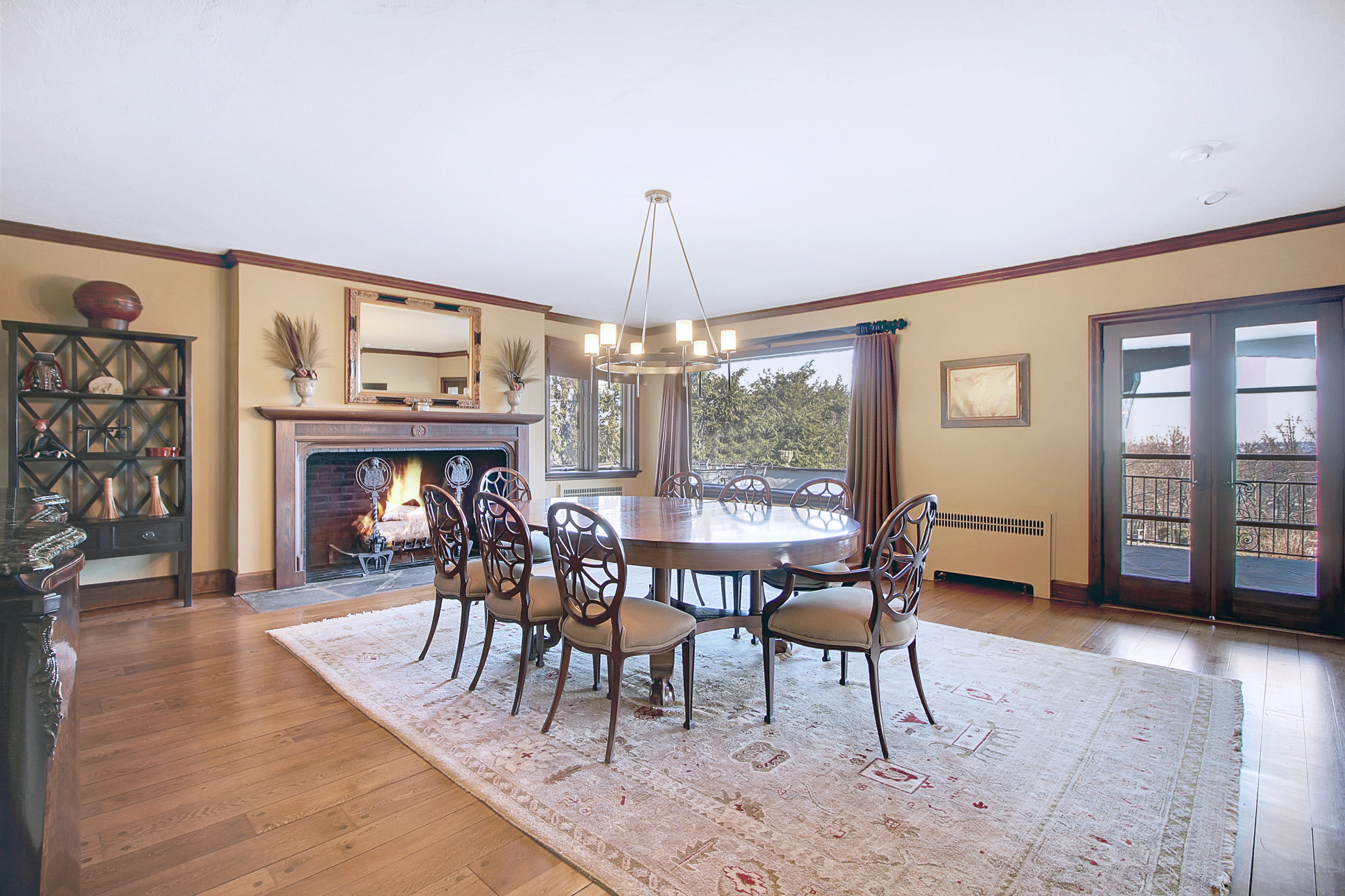48 Crest Drive - Dining Room