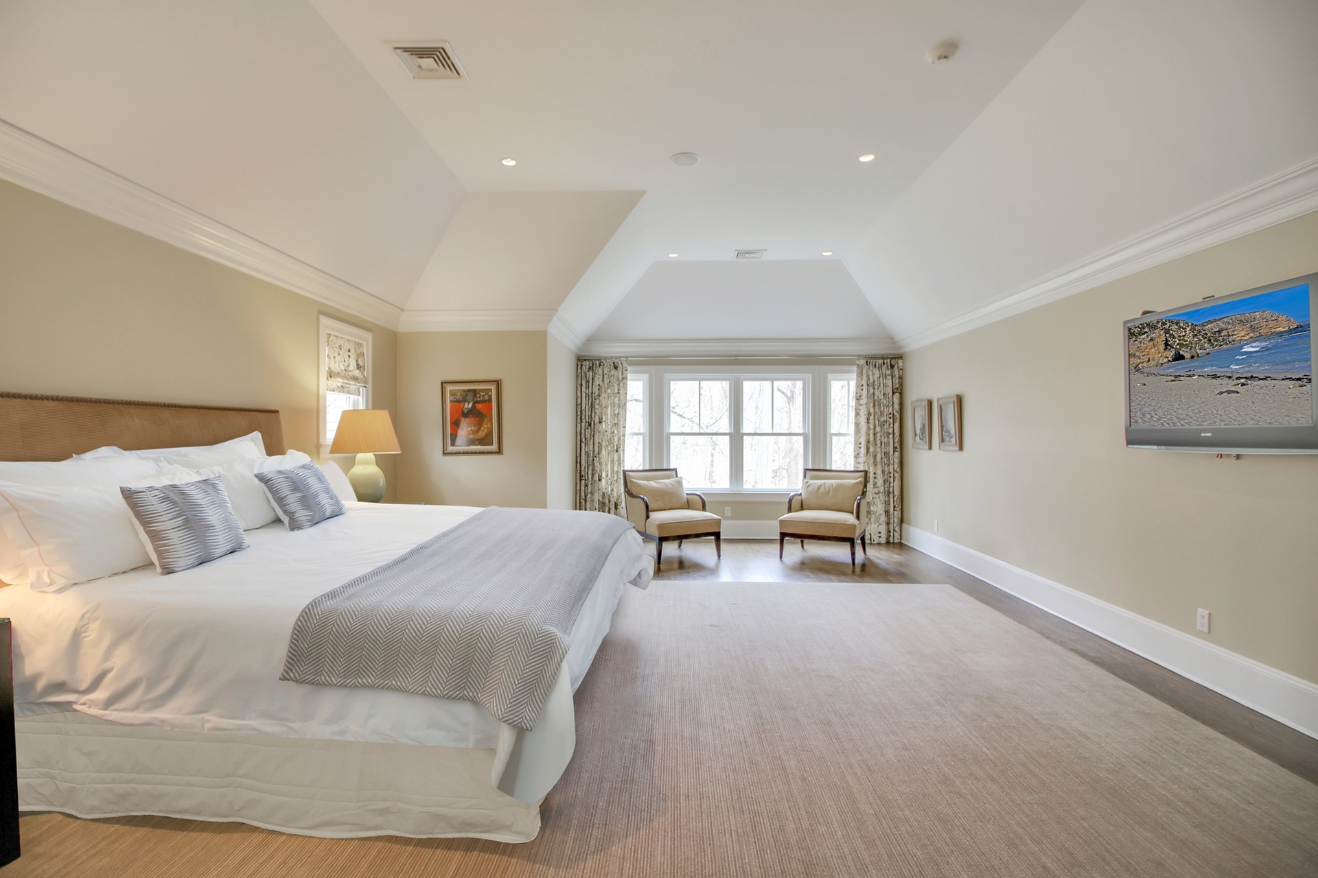 50 Farley Road Master Suite