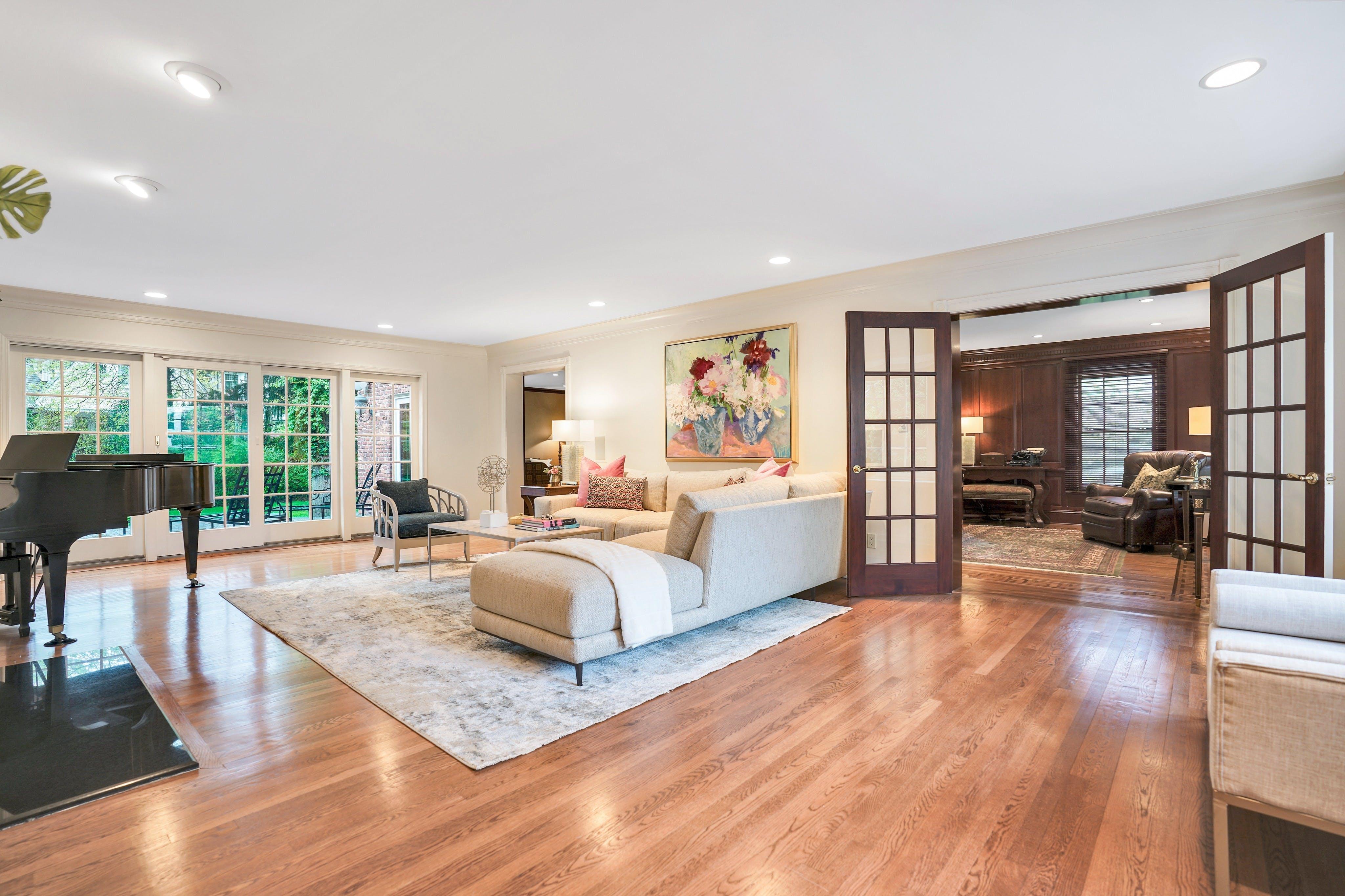 65 Lake Road - Living Room