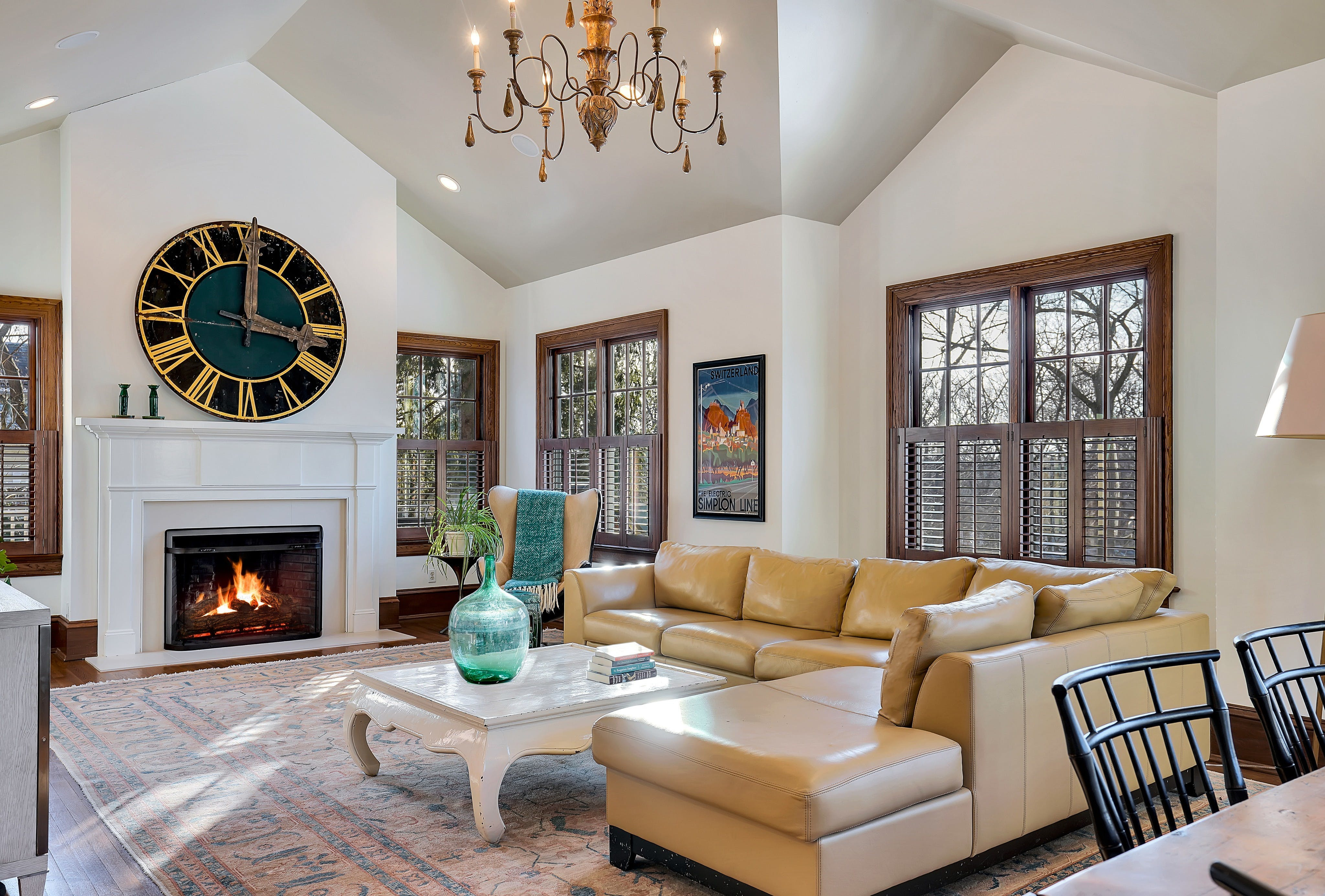 73 Oak Ridge Family Room