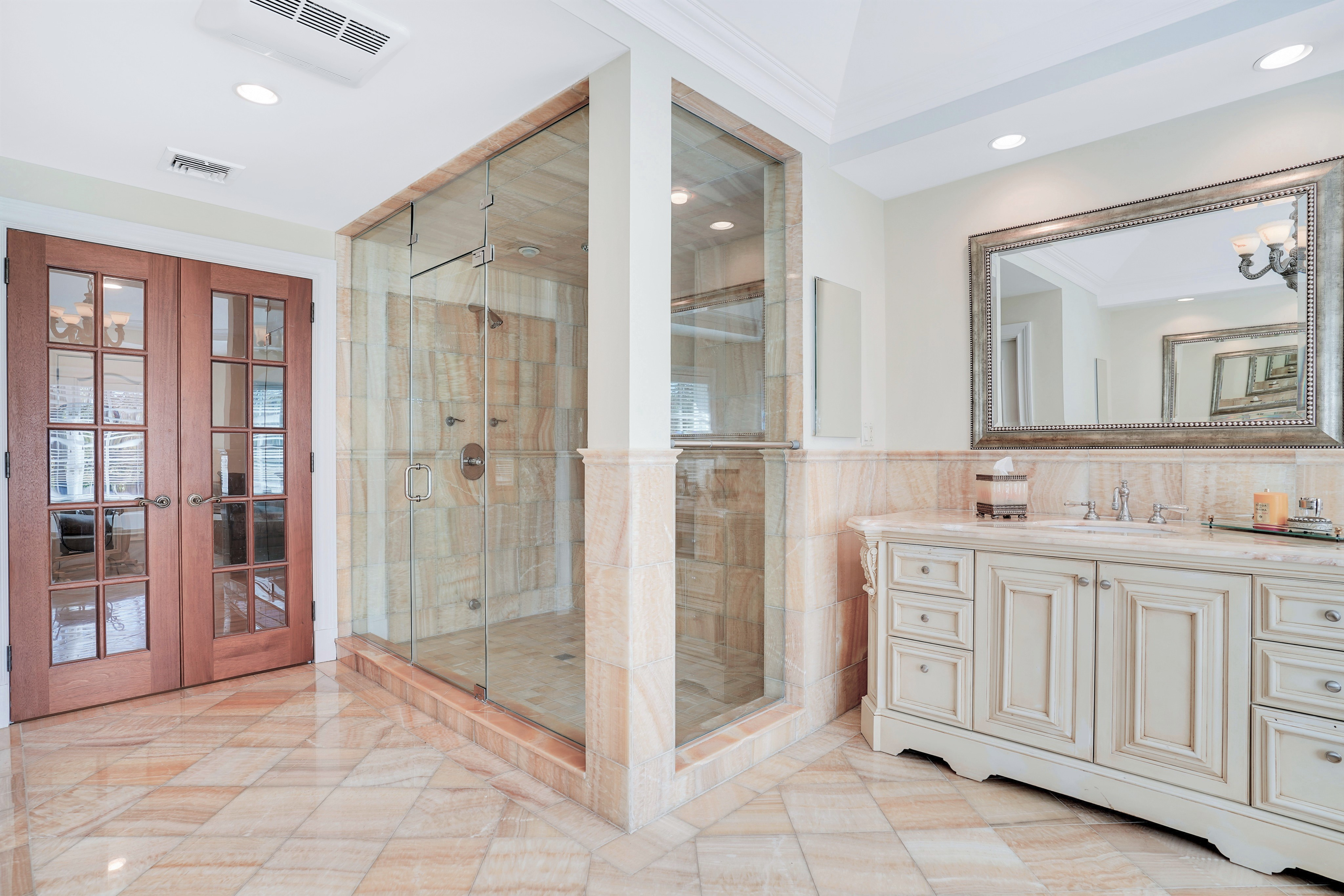 93 Lees Hill Road Master Bath