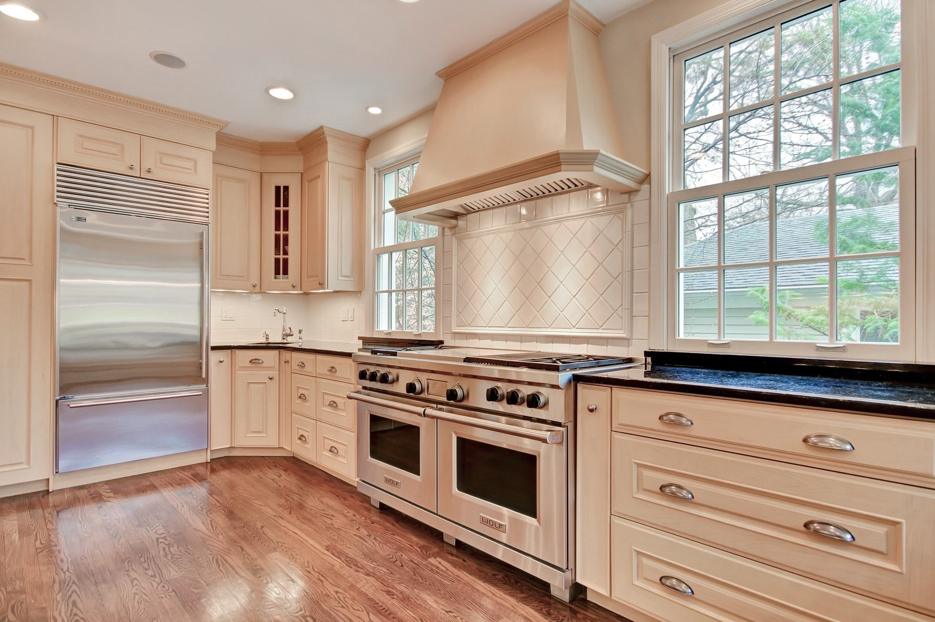 94 Knollwood Road Kitchen
