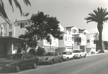 Street View Of Marine Ave In Manhattan Beach