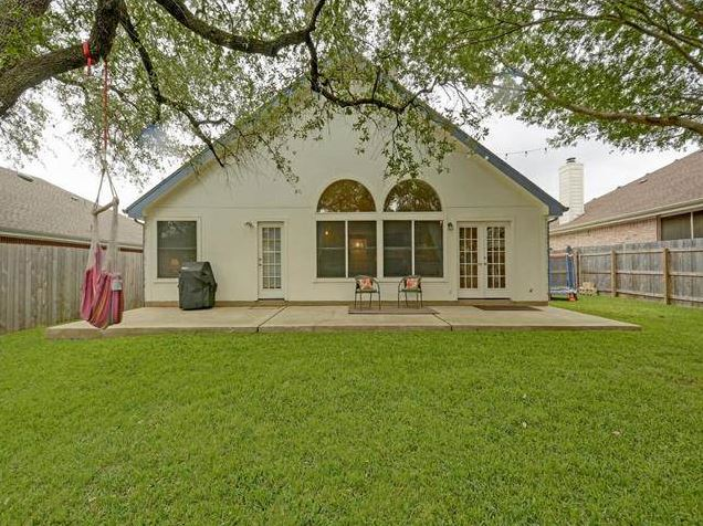 Travis Country Home for Sale 5400 Painted Shield Dr