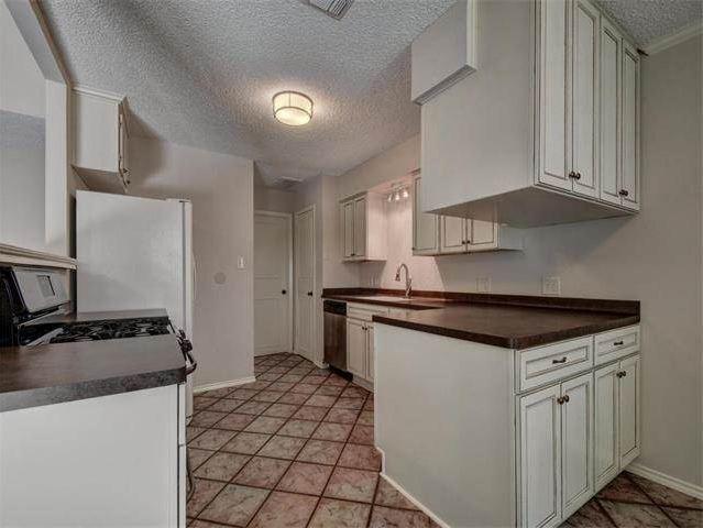 Southwest Austin Condo for Sale in 5709 West Gate Blvd