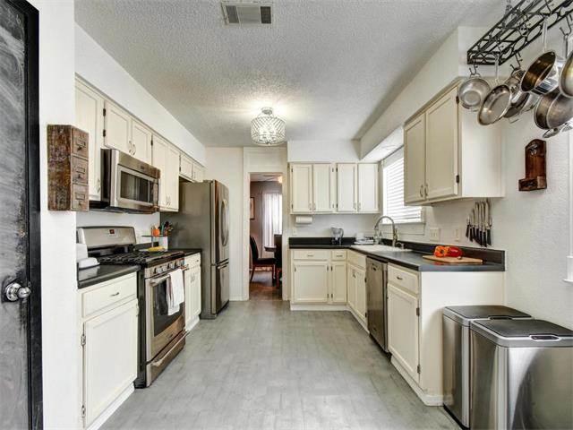 South Austin Home for Sale 8909 Jesse James Dr