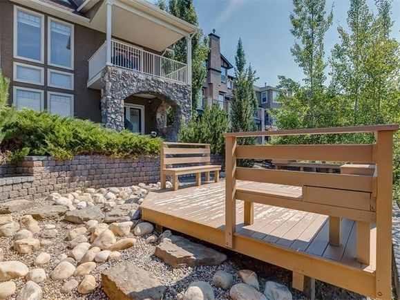 669 Tuscany Springs Boulevard NW Calgary, AB T3L 2Y2 backyard